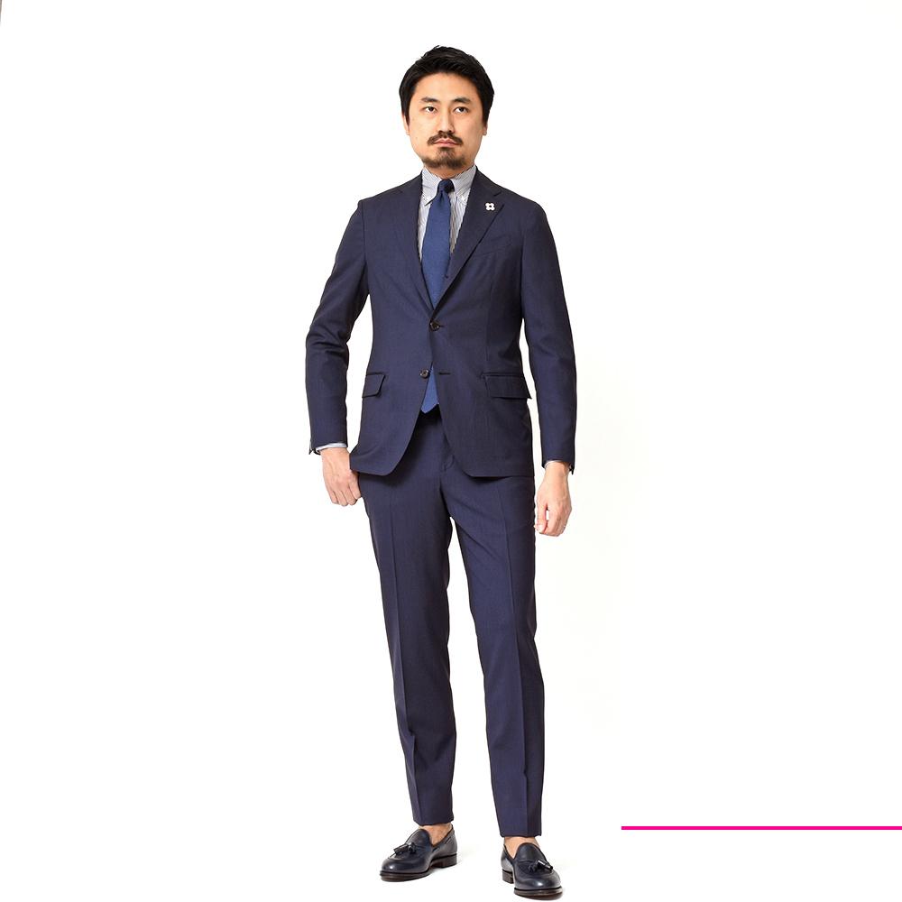 LARDINI(ラルディーニ)のパッカブルスーツは軽い上にエレガントで、かつシワになりにくいという超機能的スーツなんですっっ!!