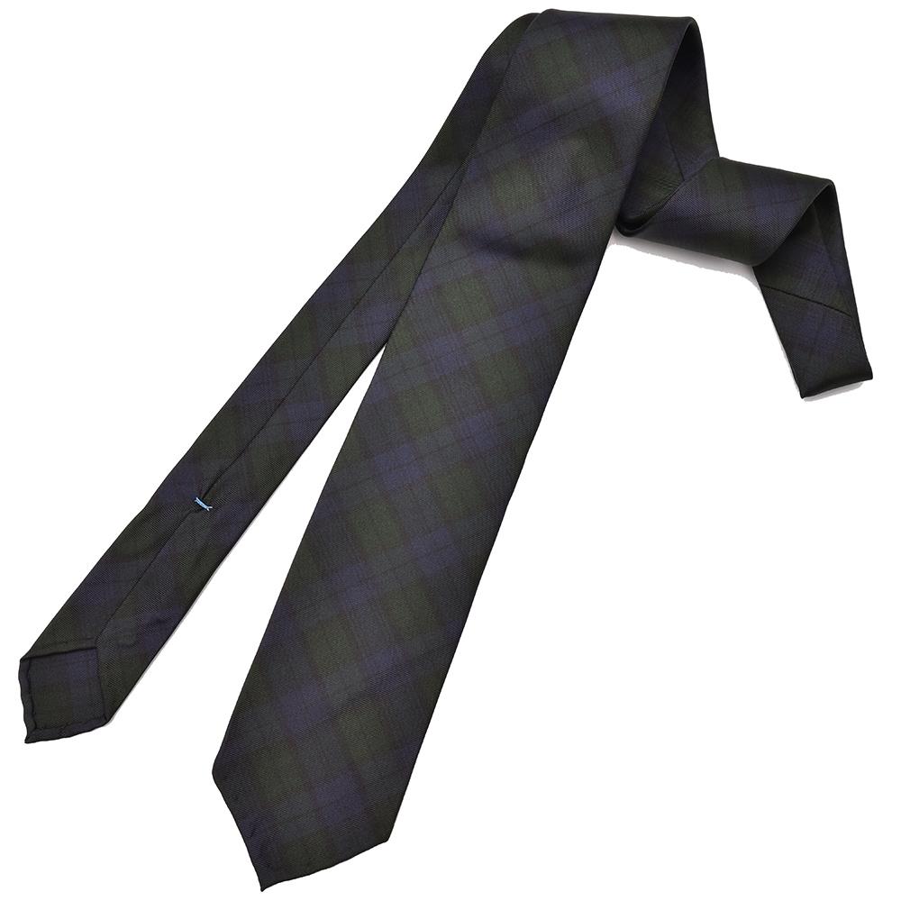 どこにもないネクタイをお探しなら、ナポリの若き天才にお任せあれ!!<br>Spacca Neapolis(スパッカネアポリス)